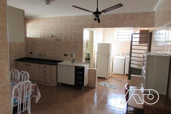 Casa Comercial à Venda - Chácara Esperia