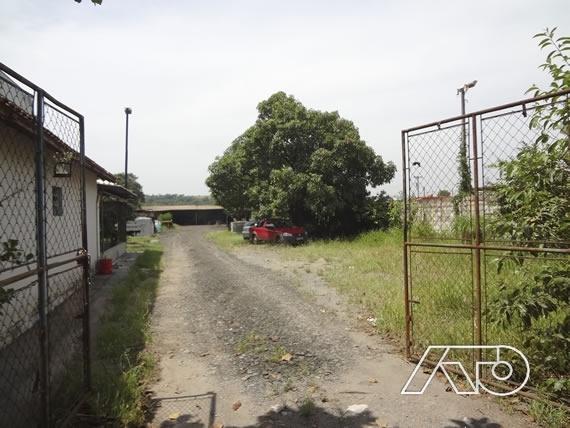 Casa Comercial à Venda - Piracicaba
